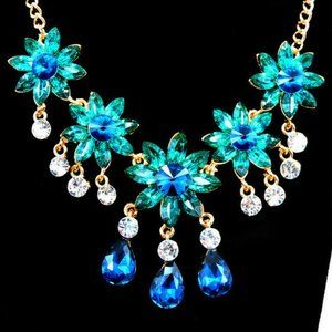 Elegant Aqua Flower JEWELS Rhinestone BJ Necklace